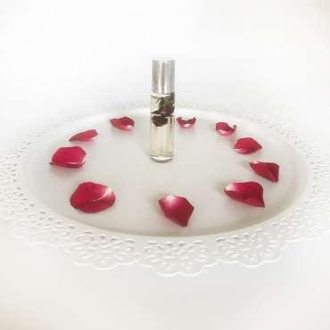 rose-vanilla-fragrance-oil